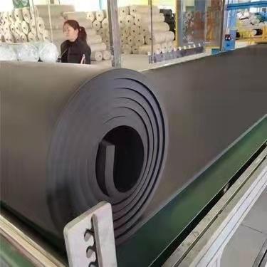 B2级橡塑保温板厂家批发供应商