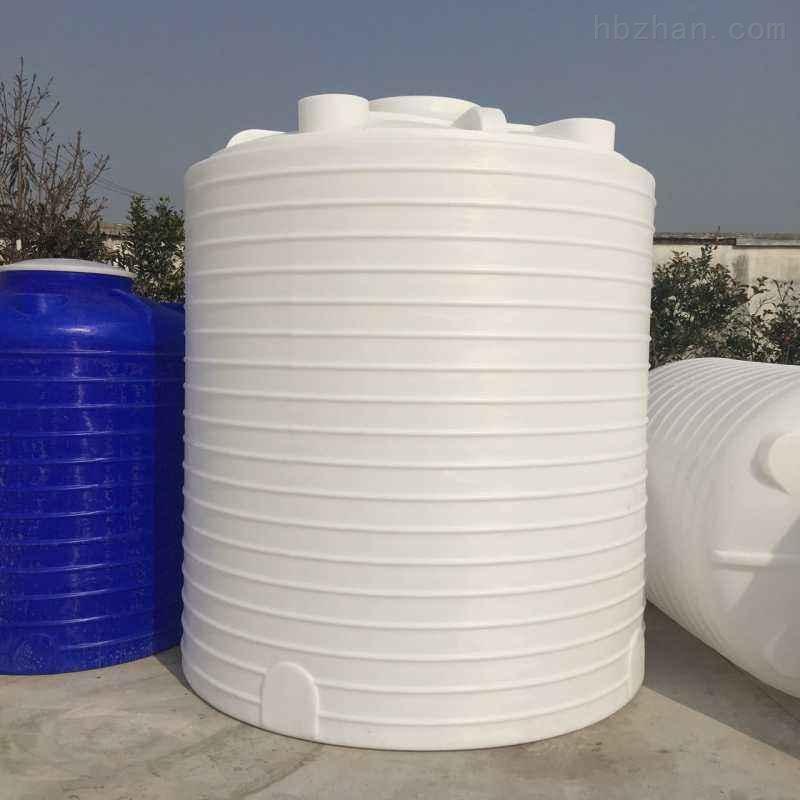 <strong>蚌埠8立方塑料储罐</strong>  铁盐储罐