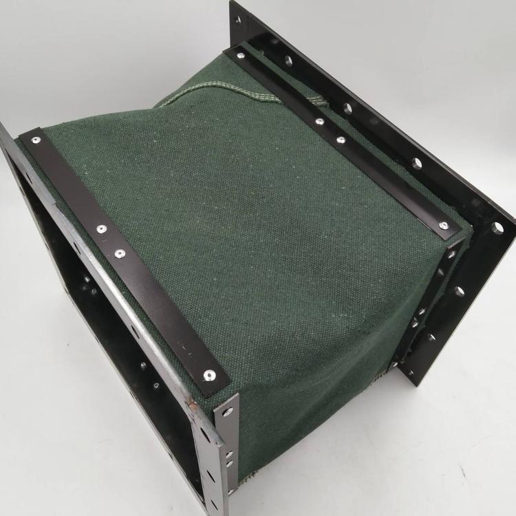 绿色帆布印刷机械排烟伸缩软连接