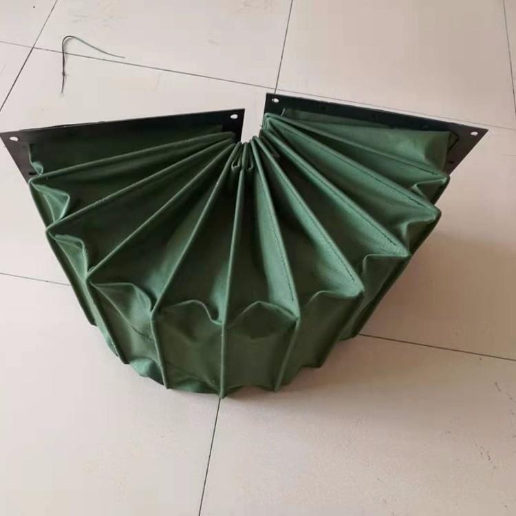 绿色帆布密封粉尘通风伸缩软连接